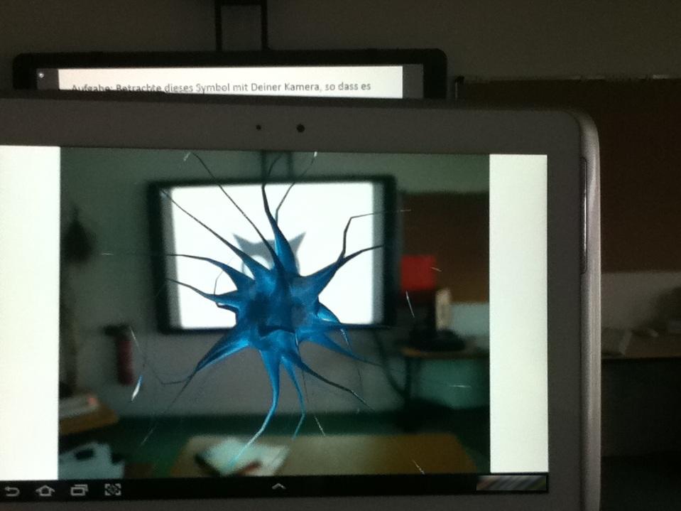 Augmented Reality im Klassenzimmer im Einsatz mit Tablet und Interactive Whiteboard